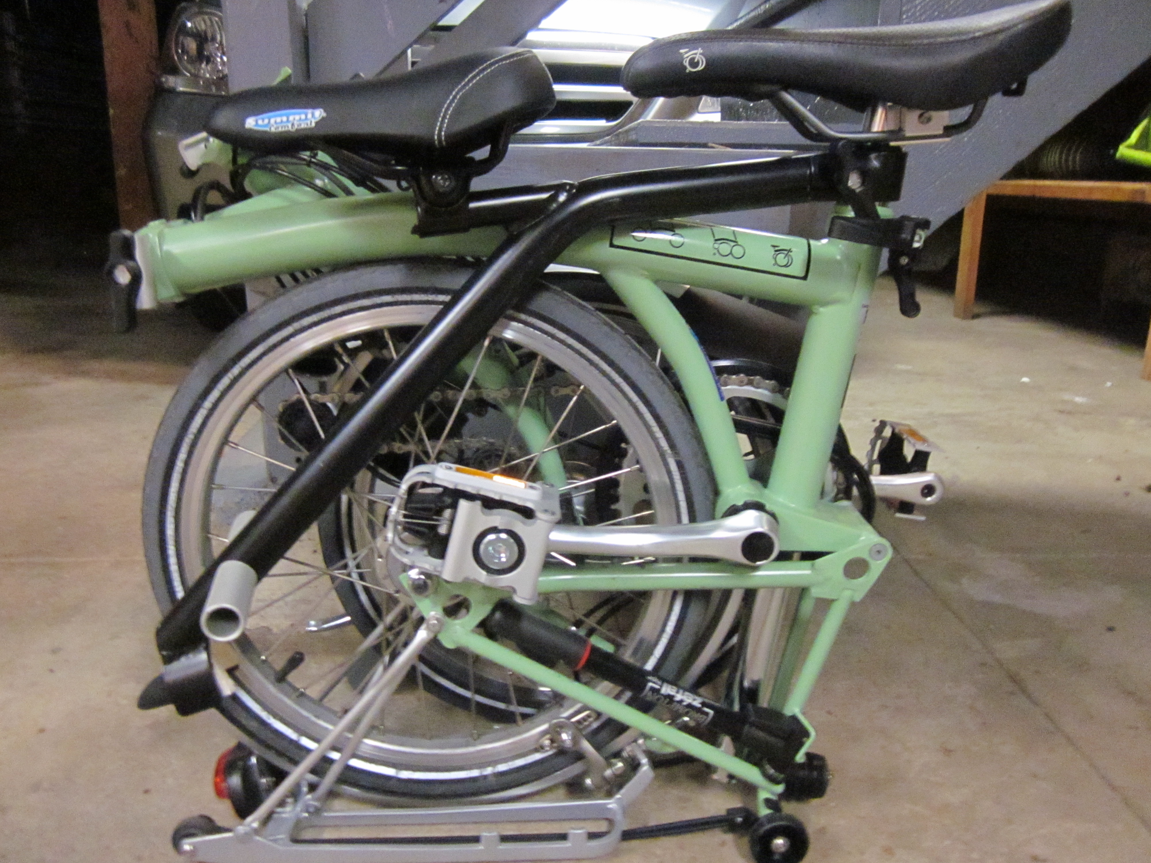 Baby chair on bike - Brompton With It Chair