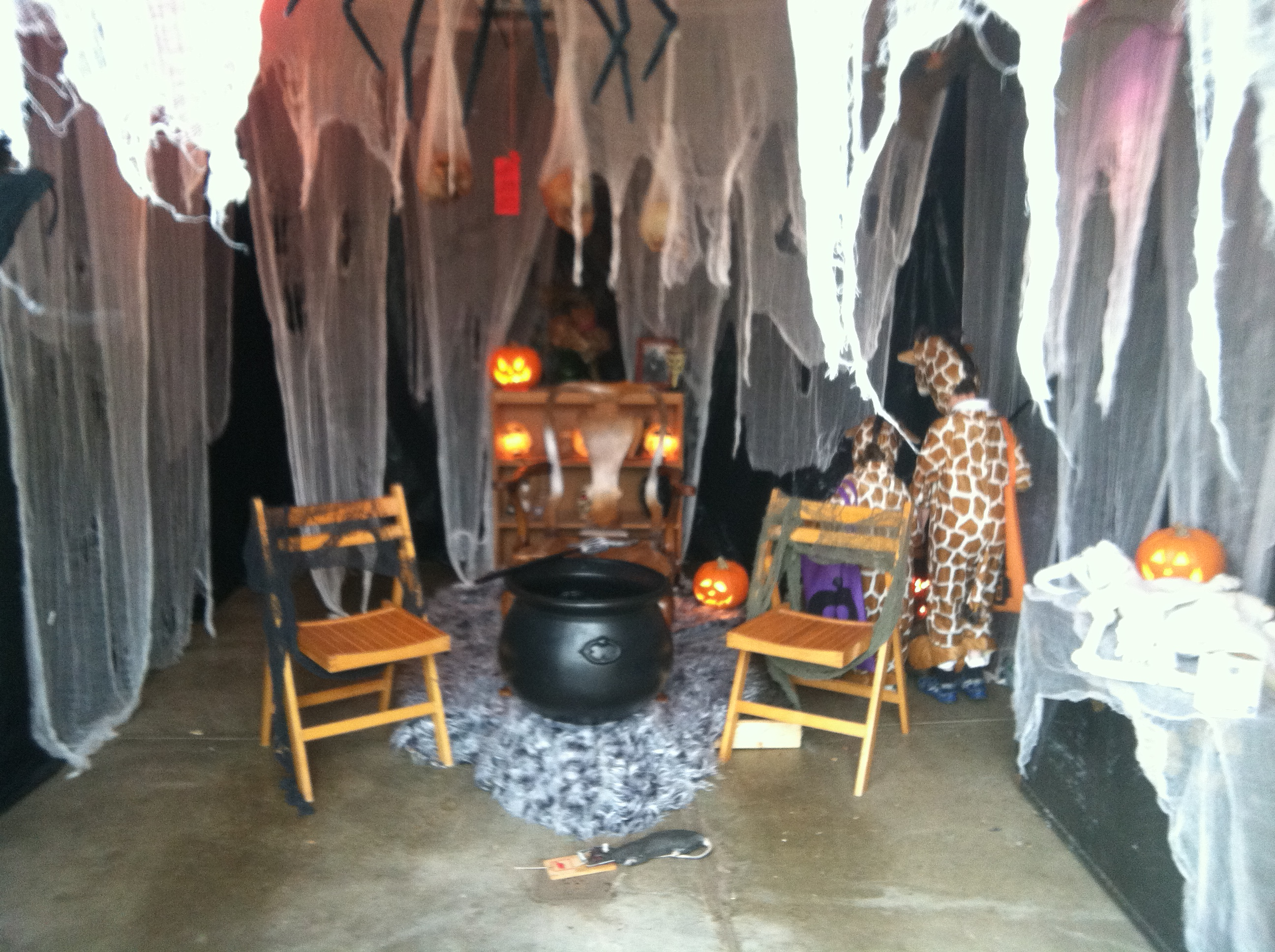 Halloween is for people hum of the city Scary halloween decorating ideas inside