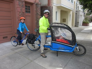 The Bullitt+Roland heading out to Great Highway's Sunday Streets last weekend. They saw lots of friends.