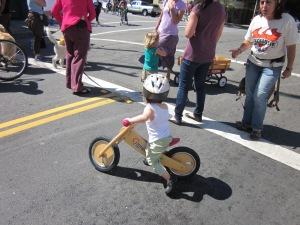 We live in a country where it seems normal that a kid on a balance bike at Sunday Streets would wear a helmet. I would like that to change.
